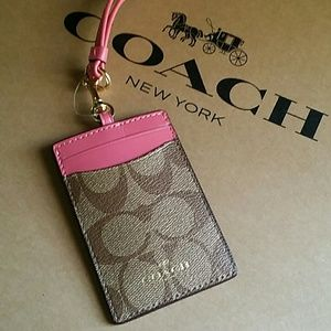 💖NEW WITH TAGS●COACH ID/BADGE LANYARD💖💜